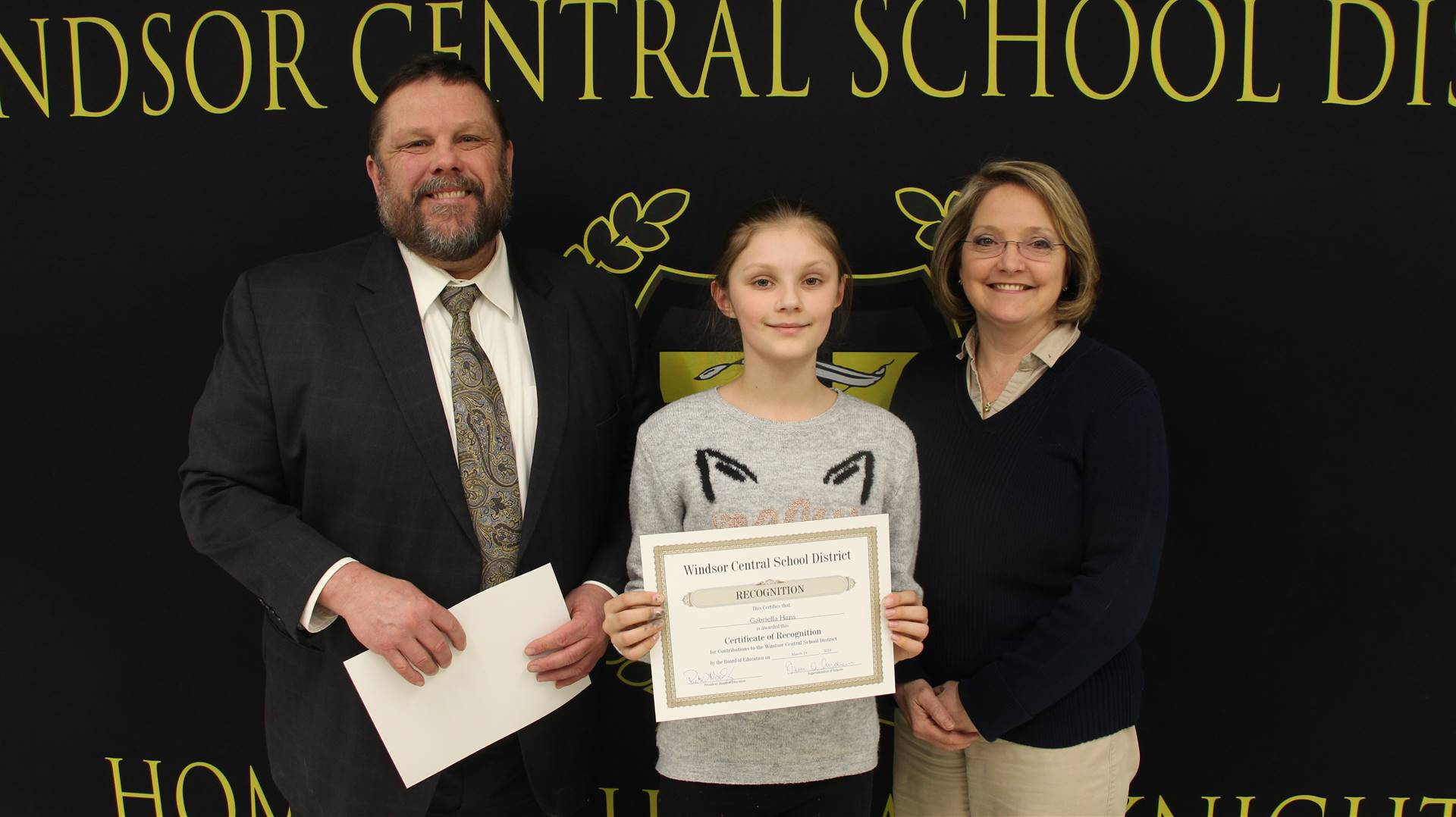 Spelling Bee Champions: Gabby Hans and Mikayla Rogers